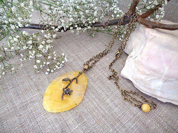 agate pendant present jewelry