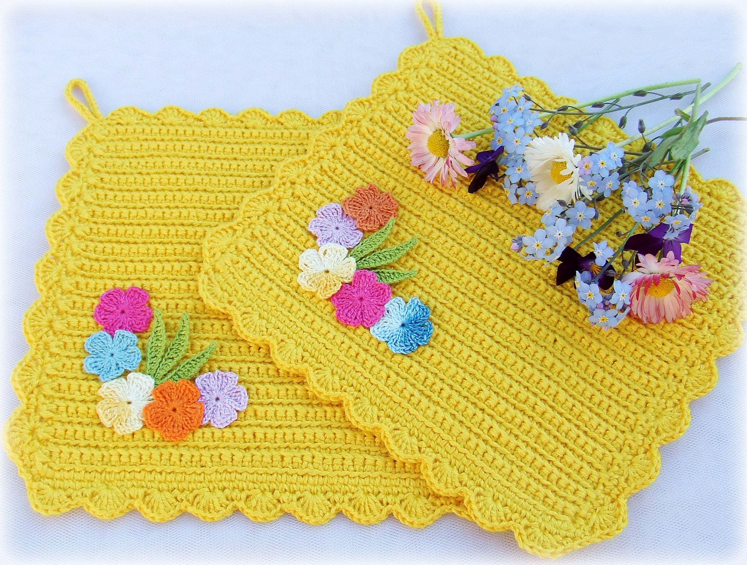 kitchen knitting home flower yellow