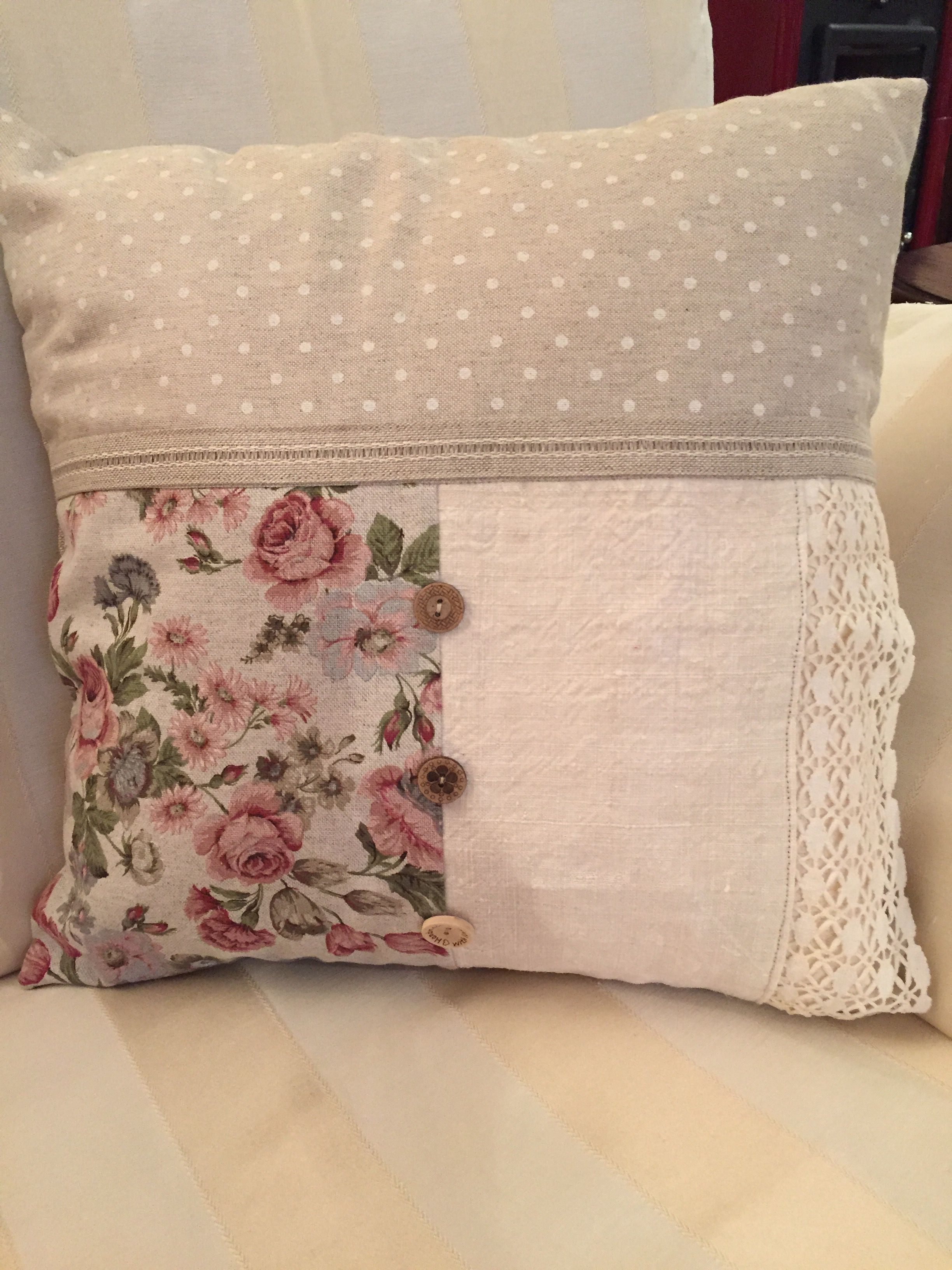 flowers lace cotton pillow beige flax zip white pink buttons square mixed floreal pois