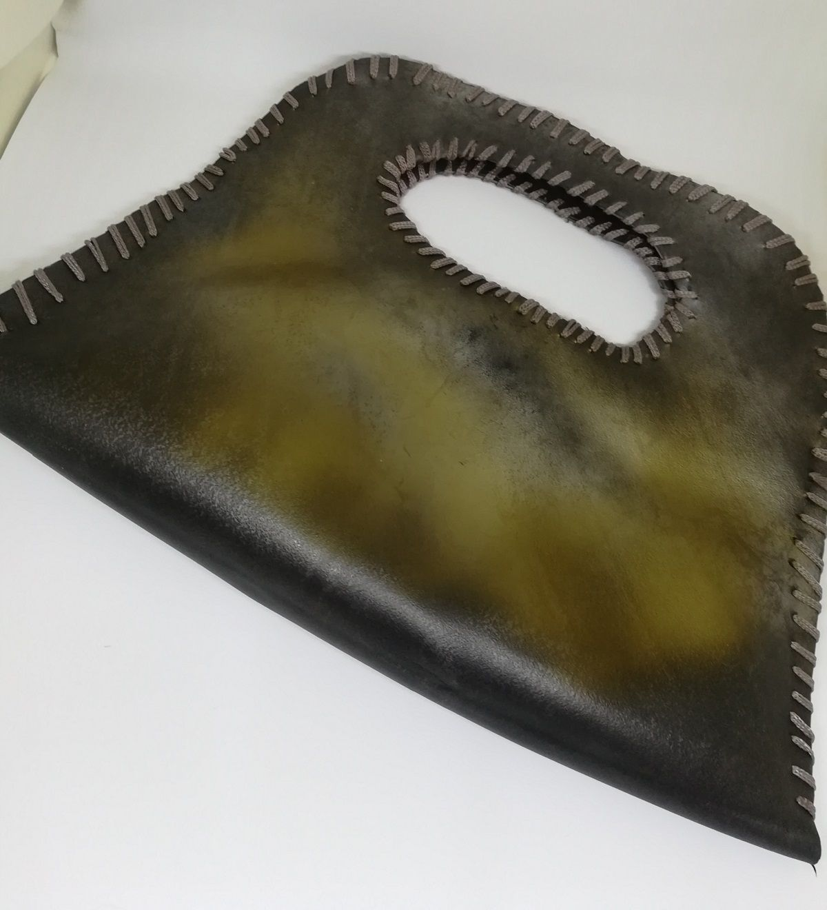 handmade fashion art purse yarn chic upcycled makrame innertube metalcolor