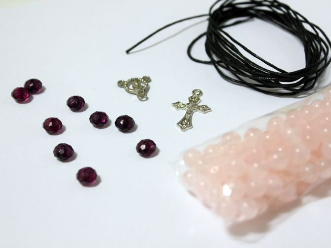process accessories rosary beads make
