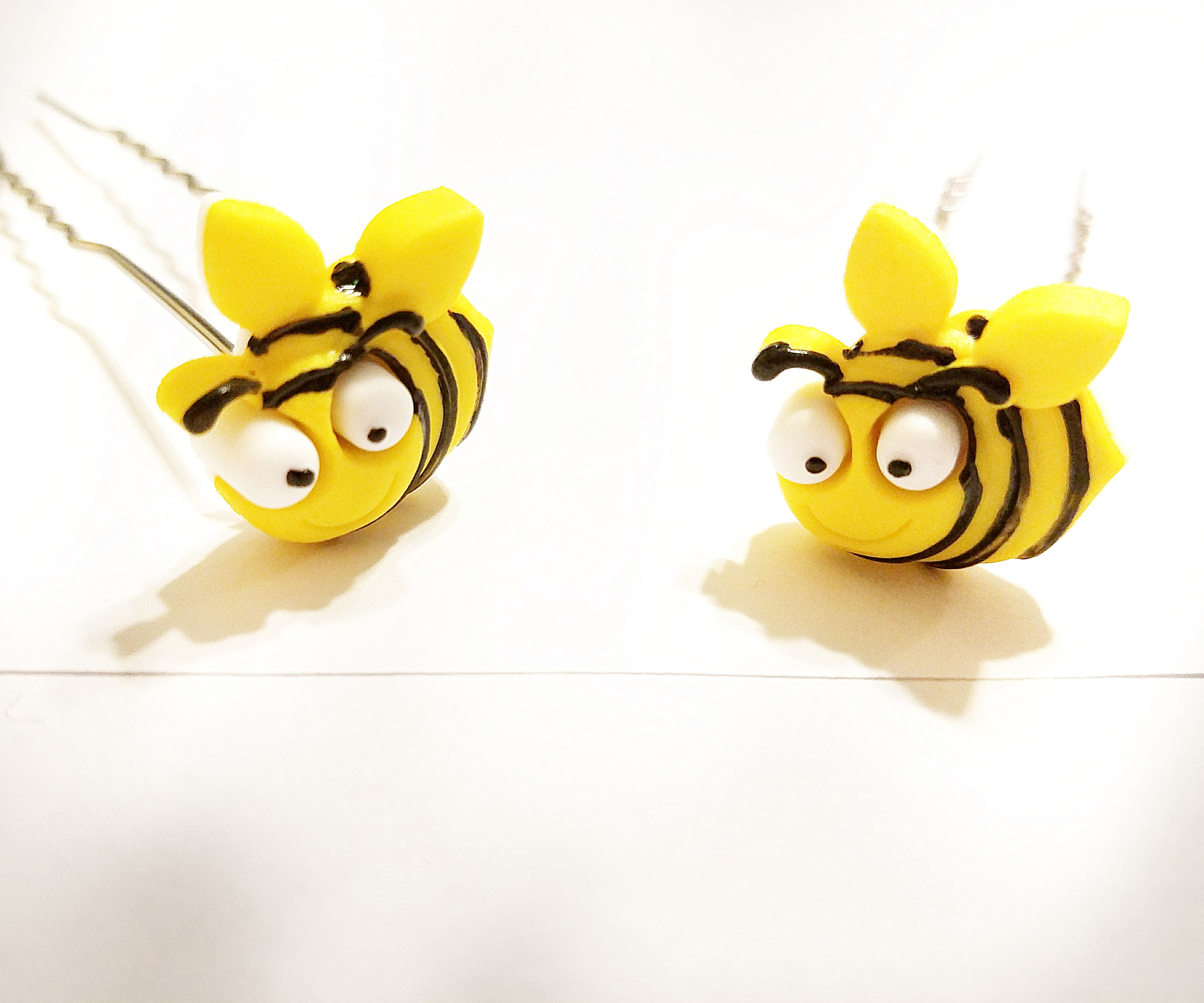 giftsforher uniquegifts kriszcreations hairpin hairjewelry bees yellow