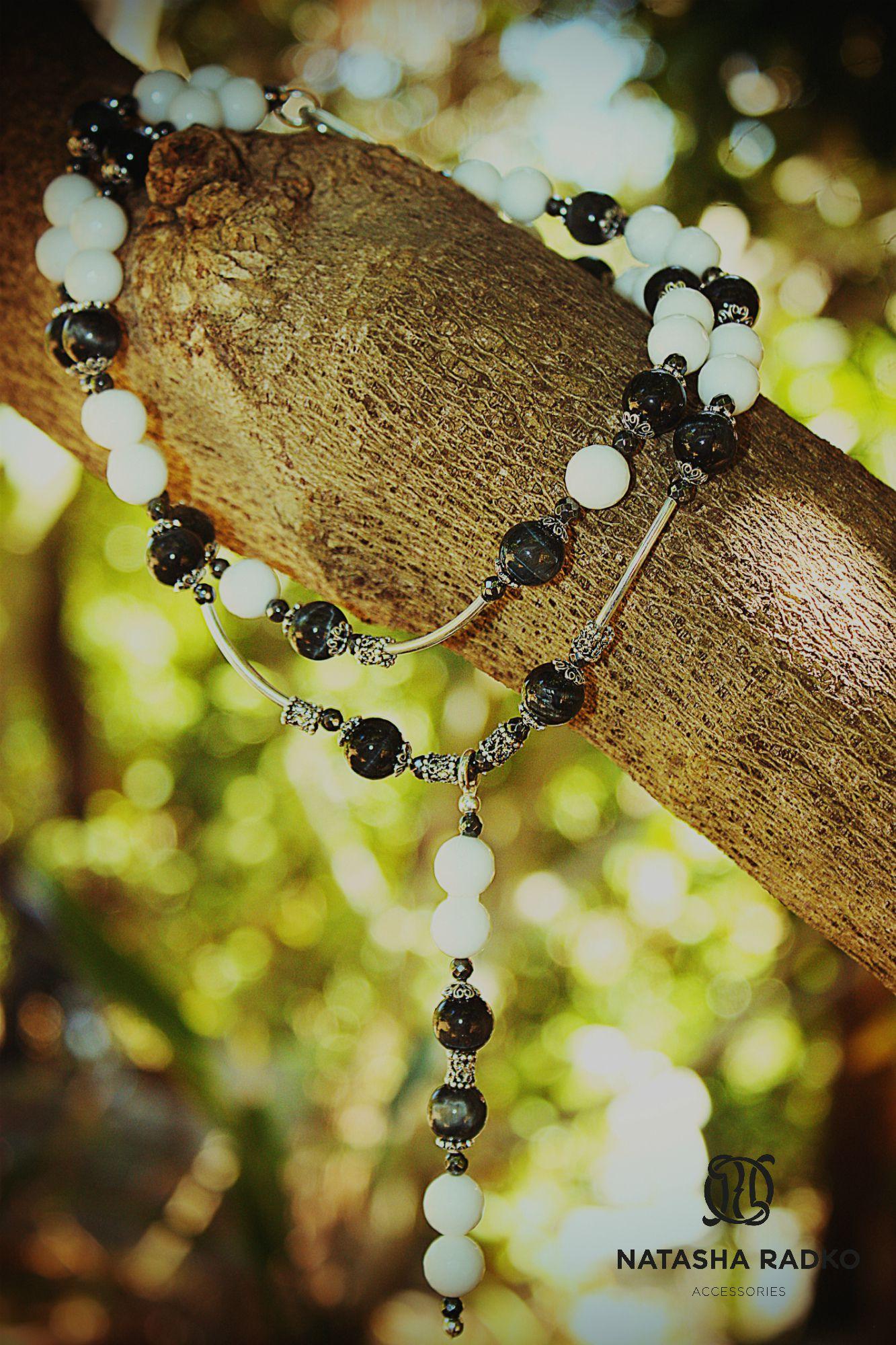 white jewelries set black agate handmade onyx