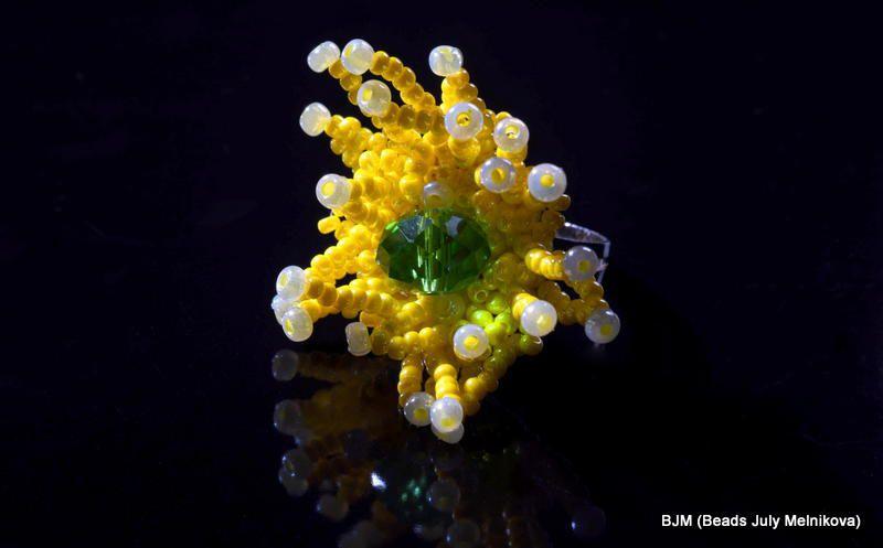 beads yellow rink jewelry green