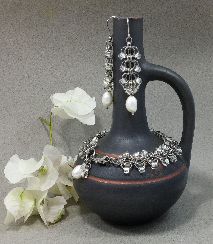 eveningwear chainmail earrings pearl jewelry bracelet wedding artisdanmade