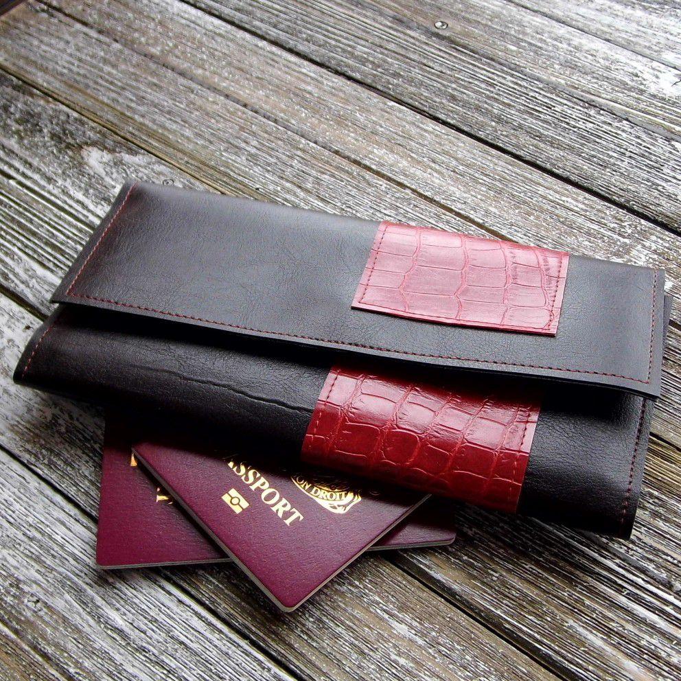 documents trifold holidays etsyshop travel giftidea gennhaio veganleather wallet passportholder