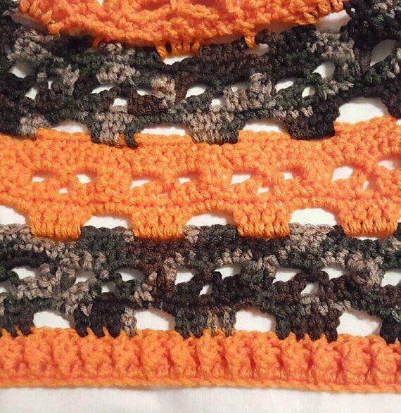 orange camo hat skulls