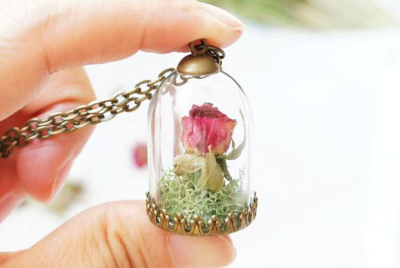 dried rose flower necklace