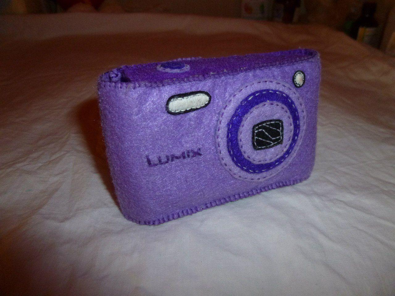 accessories violet felt camera case