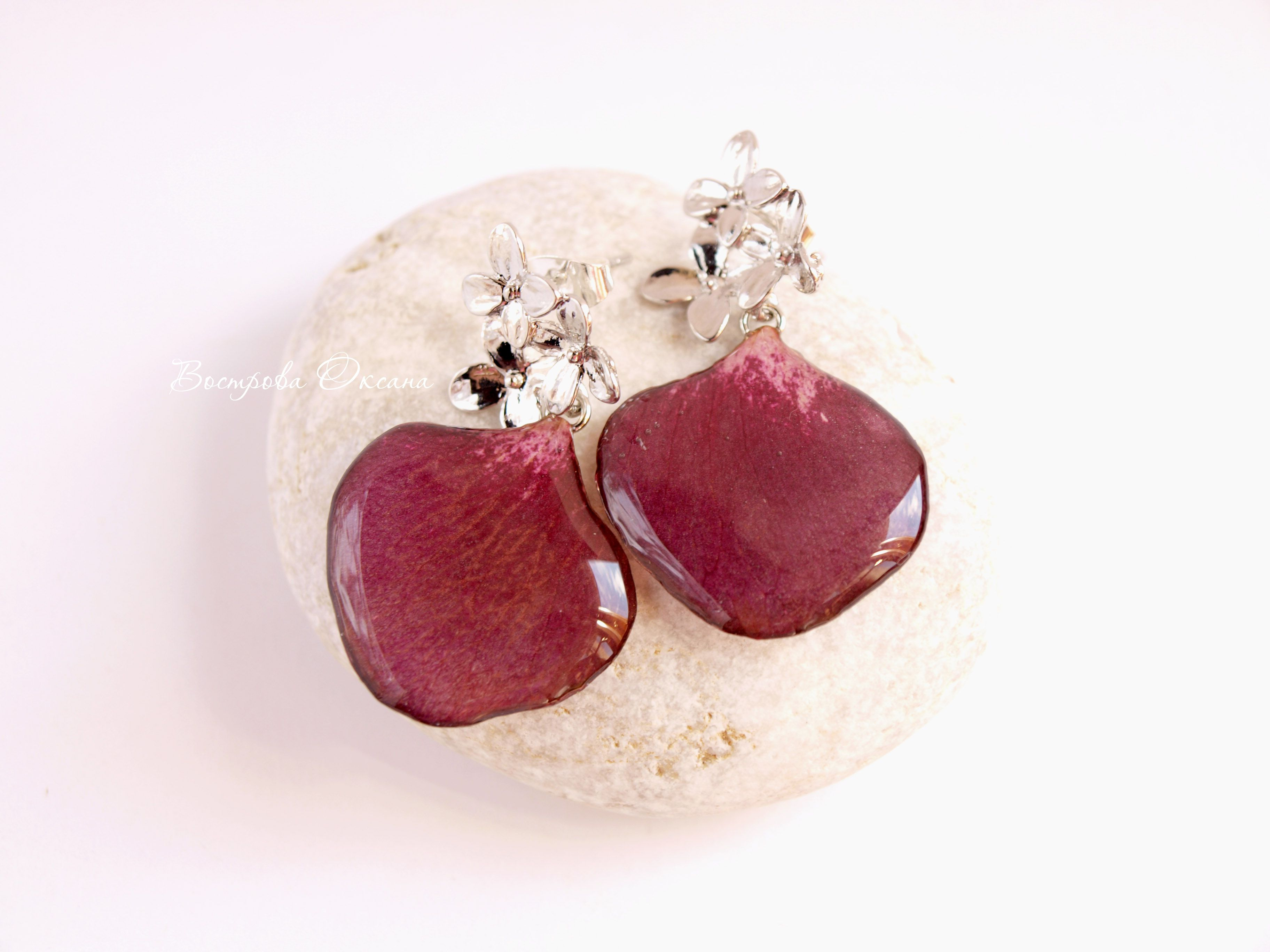 stud rosepetals earrings handmade jewelry