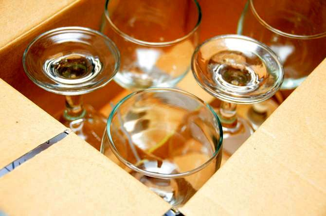 wine glasses decorate make manually
