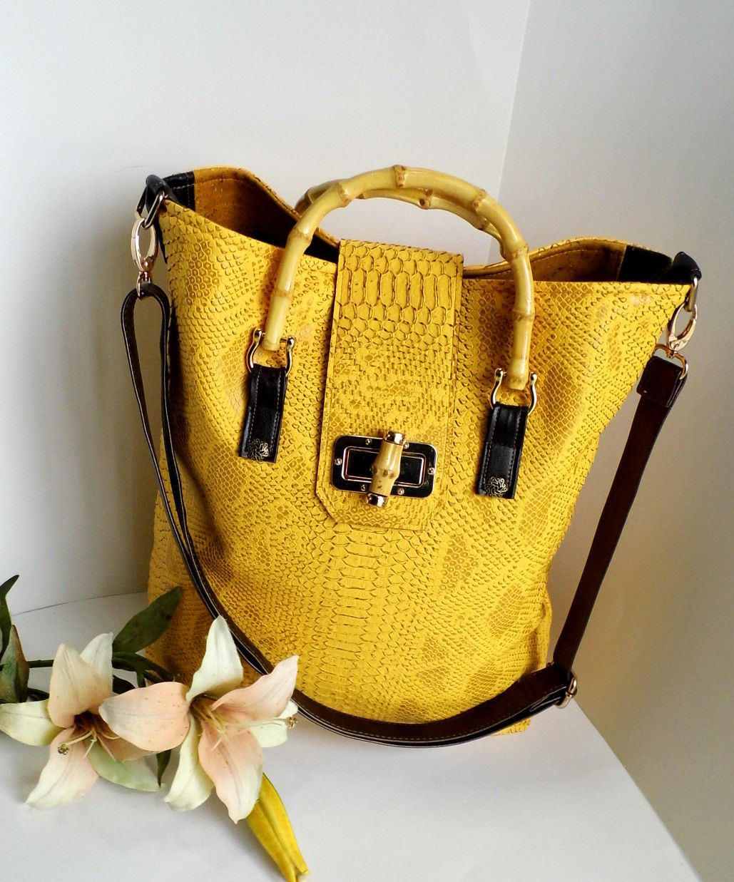 Sold Yellow Tote Bag Faux Crocodile Oversized Handbag Womens Summer Bamboo Handle Vegan Leather Las Work