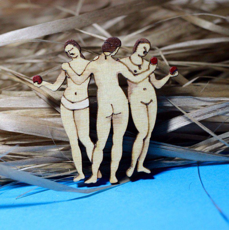 fashionwood brooch pin wooden threegraces