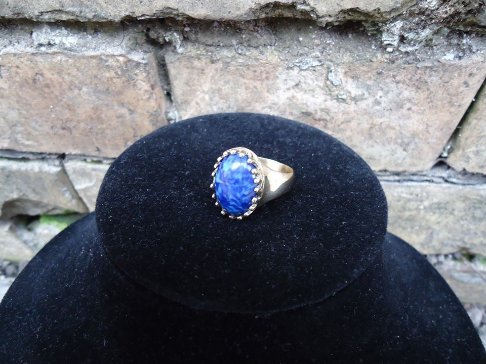 with gold golden jewelry woman lapis ring victorian gothic stone