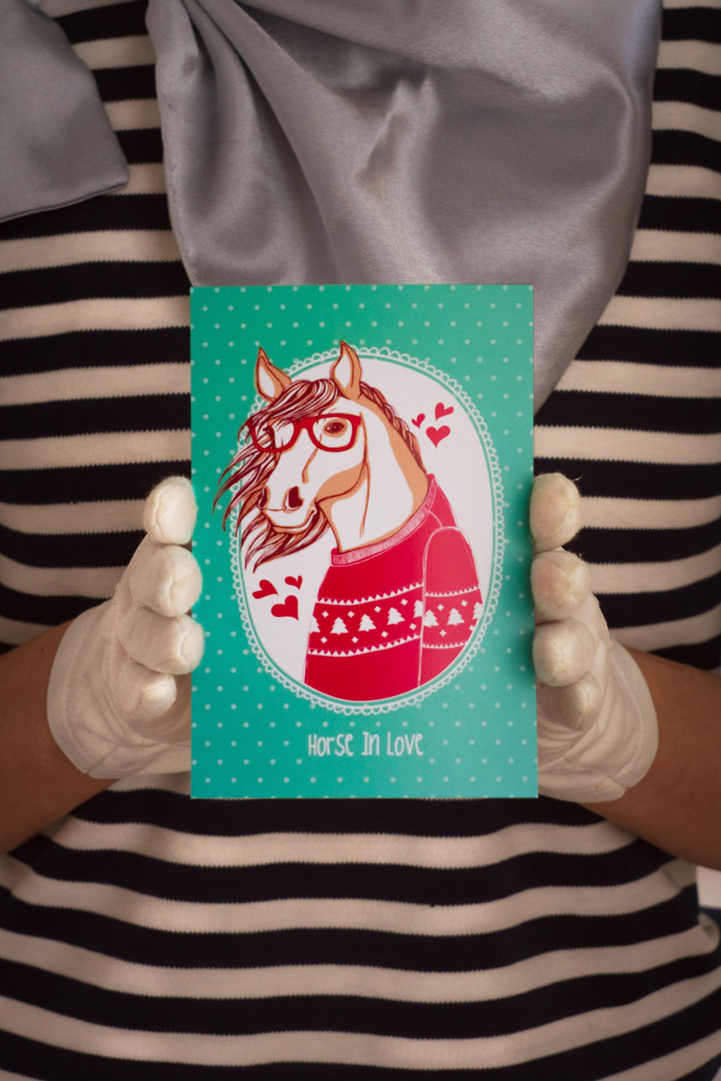 surprise present romantic postcard horseinlove love
