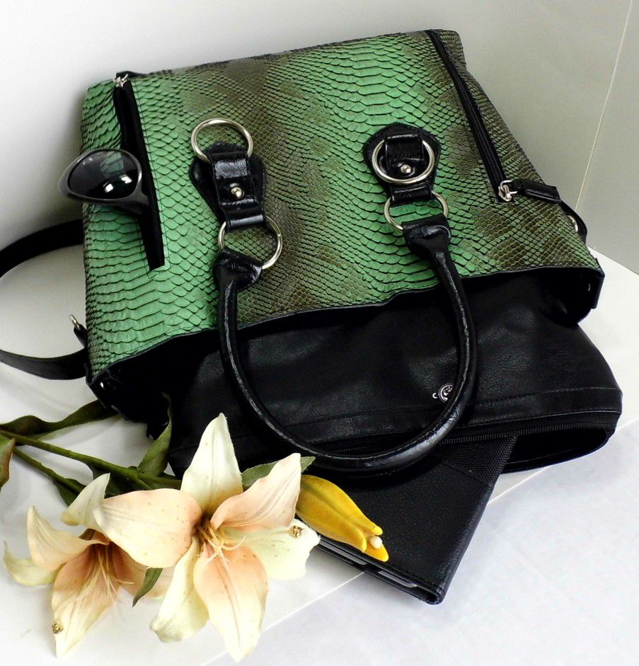 handmadebag leather vegan green largetote etsyshop etsyseller reptile crocodile faux gennhaio