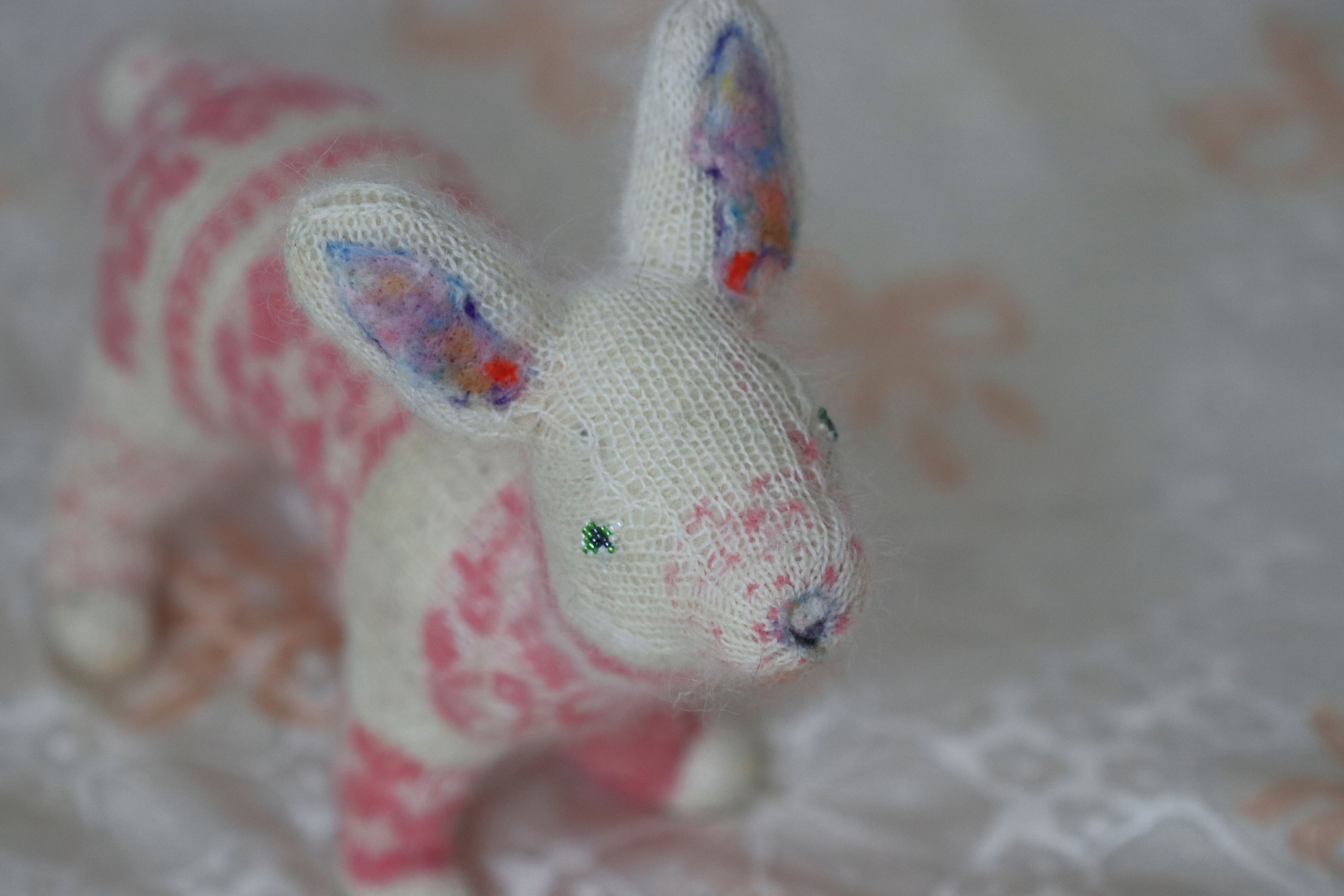 toy fiber felted needle white fox pink decoration gift stuffed sculpture stranded animal collectible kids knitted orgonite plush
