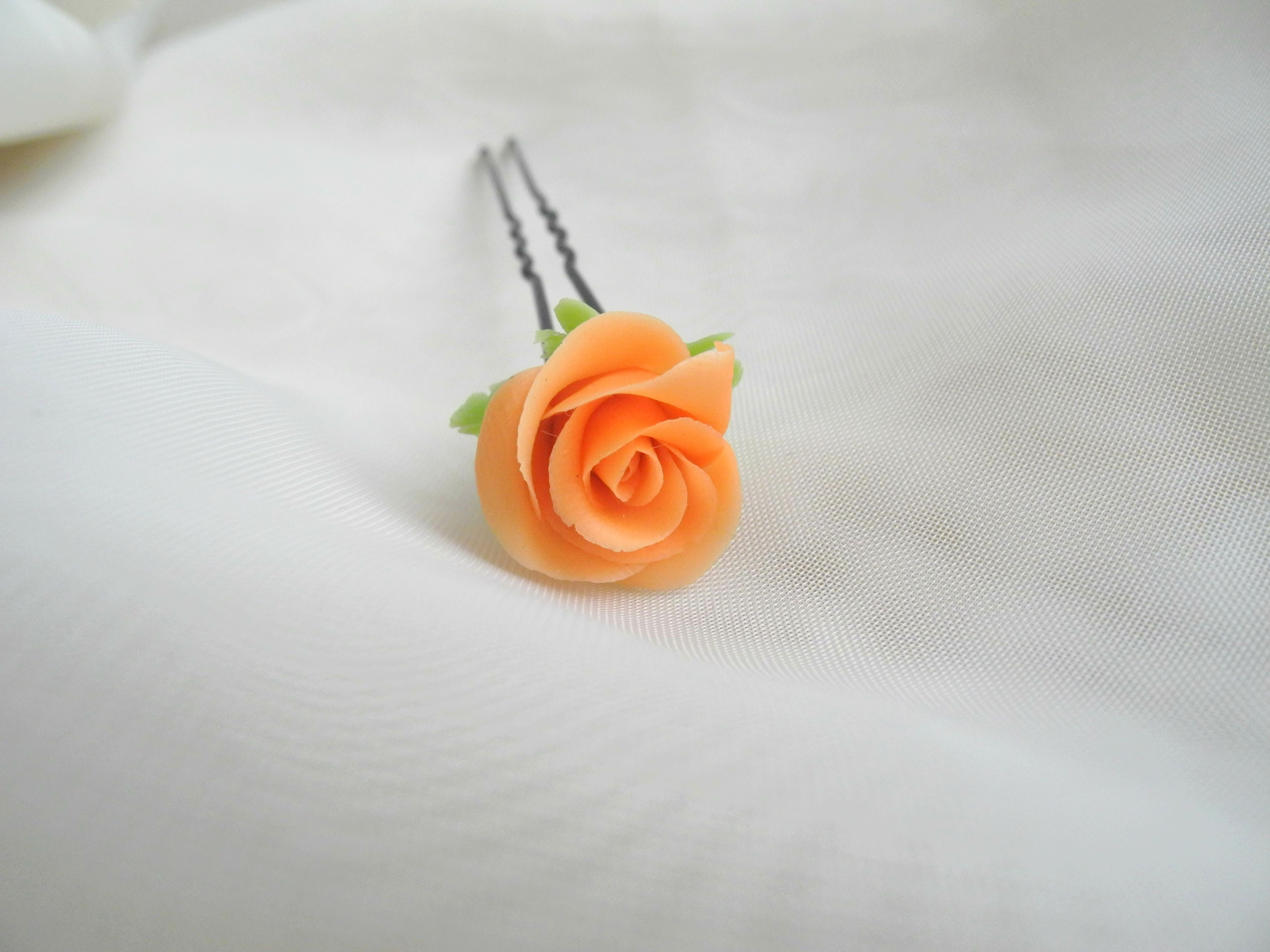 bijou flowers hairpin ceramic bobbypin handmade coldporcelain handmadegift rose