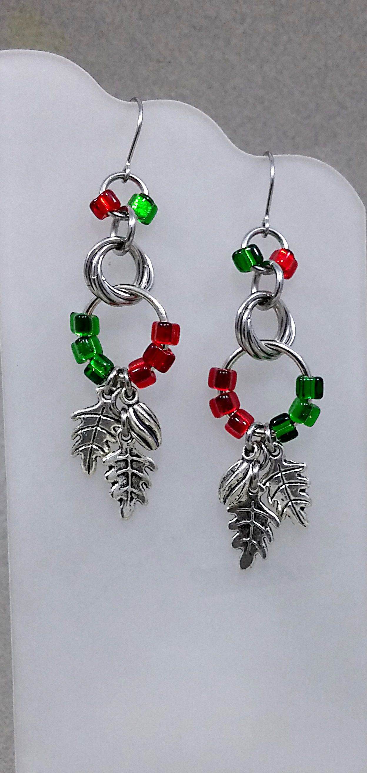 holiday green redngreen perfectgift christmasgift earrings red christmas winter