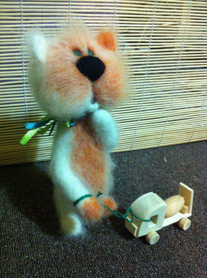 handmade toy cat wool milling