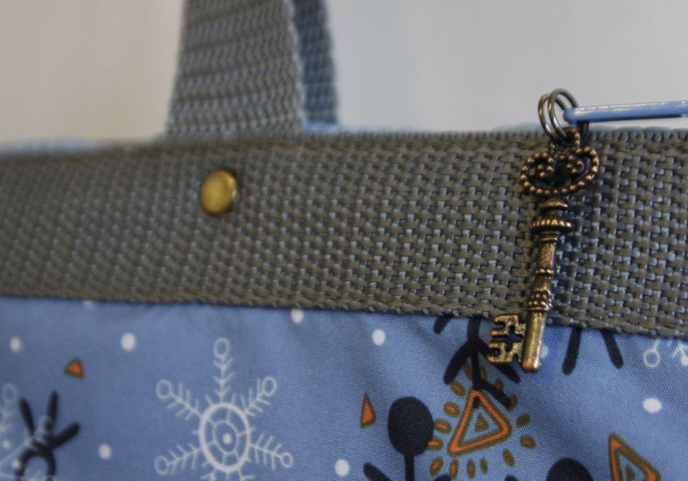 bag winter blue snow fairytale