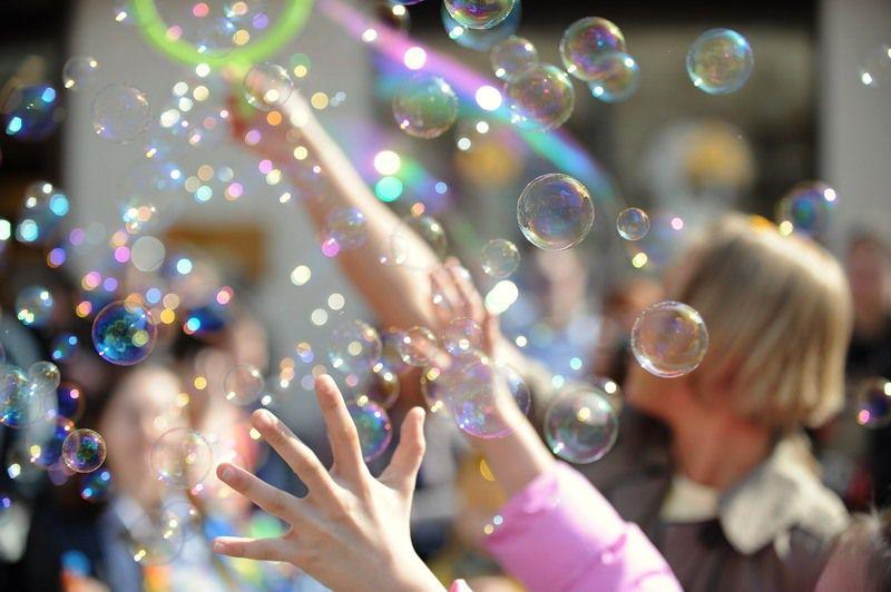 children handmade diy creativity inspiration fun play creativeidea game howtomake soapbubbles bubbles