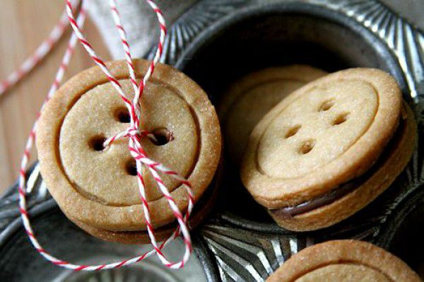delicious cooking inspiration diy tasty creativeidea recipe dough buttons buttoncookies cutecookies cookies