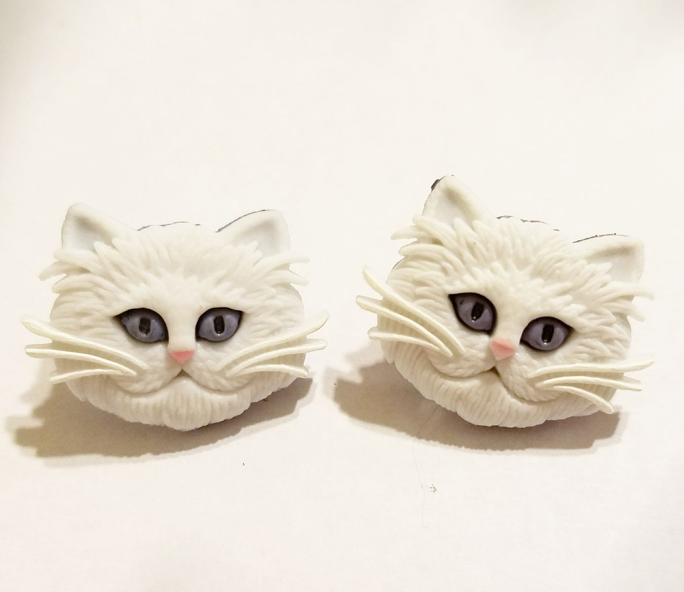 earrings cats jewelry kriszcreations giftsforher whitecats un9