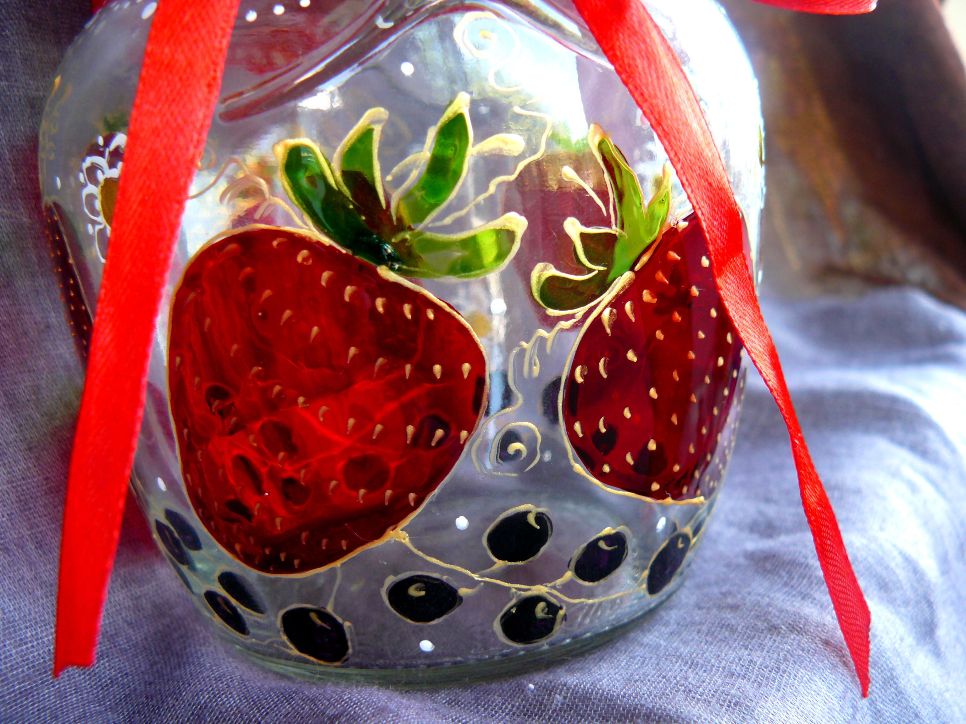 paints glass decor can jar berries
