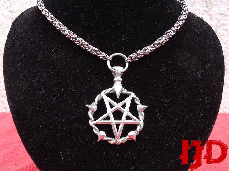 dark jewelry Gothicschmuck Darksidebeads necklace black Medaillion Medaillion statement chain cheap jewelry