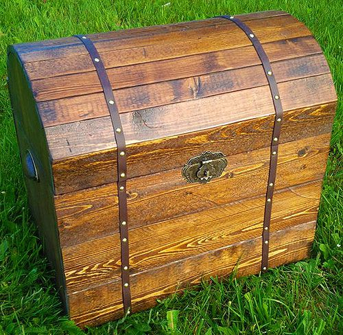 make wooden treasure modern chest