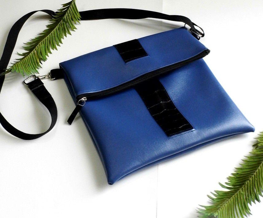 crossbodybag repurposedbag ecofriendly gennhaio