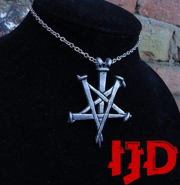 crucifix pentagram satanic satan lucifer medallion jewelry necklace gothic nails