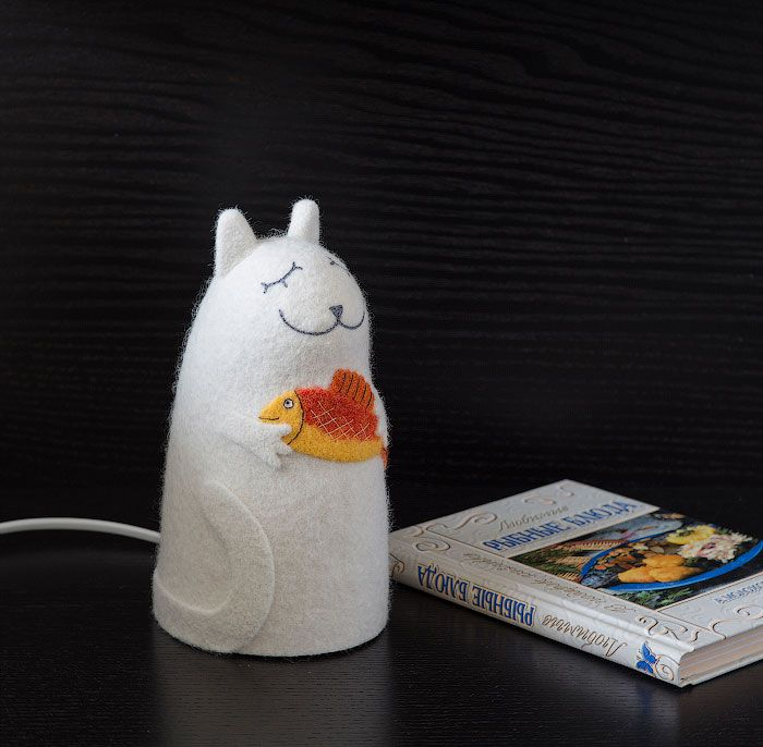 white cat gift interior lamp customized red fish design