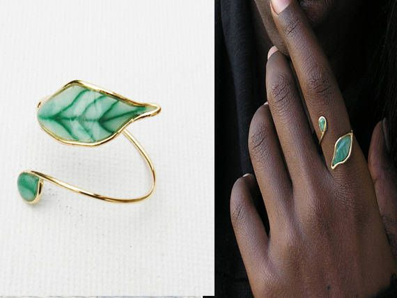 nature leaf green ring minimalist