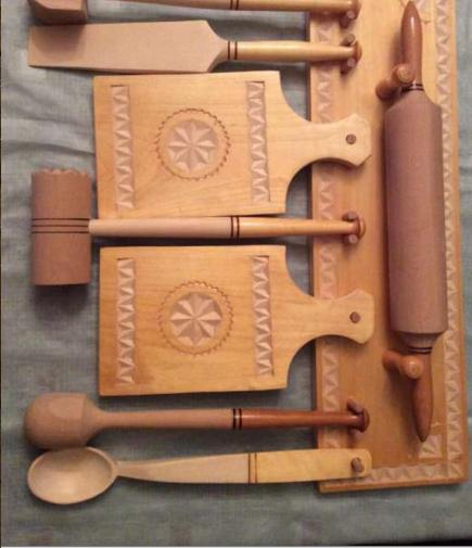 cozy handicraft cuttingboards