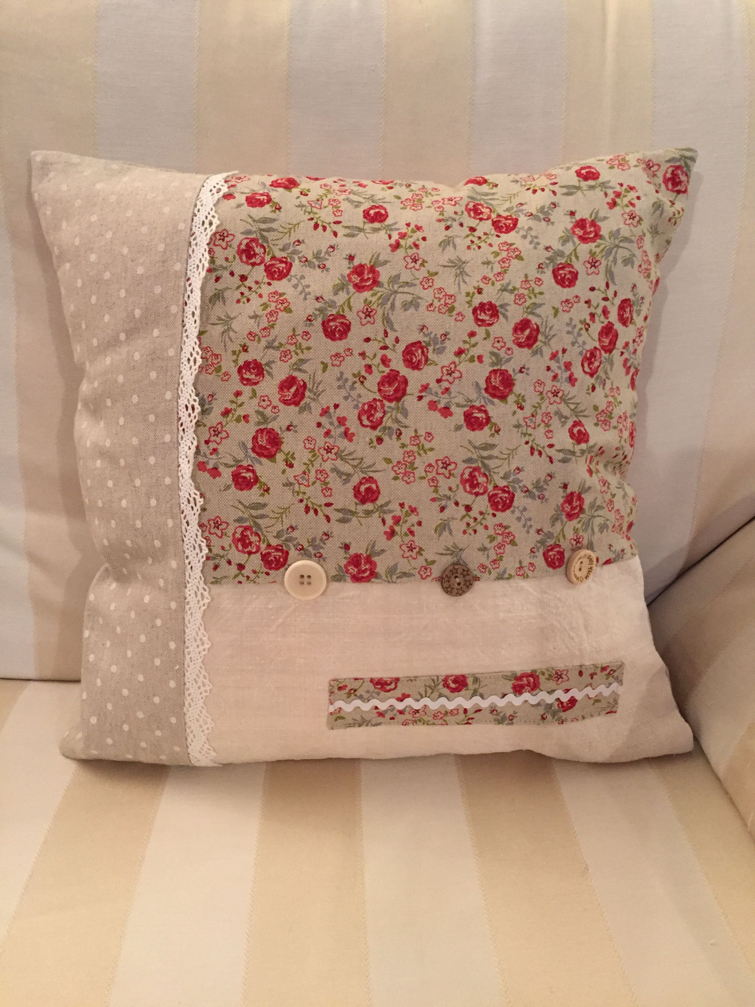 flowers lace cotton pillow beige flax zip white red buttons square mixed floreal pois