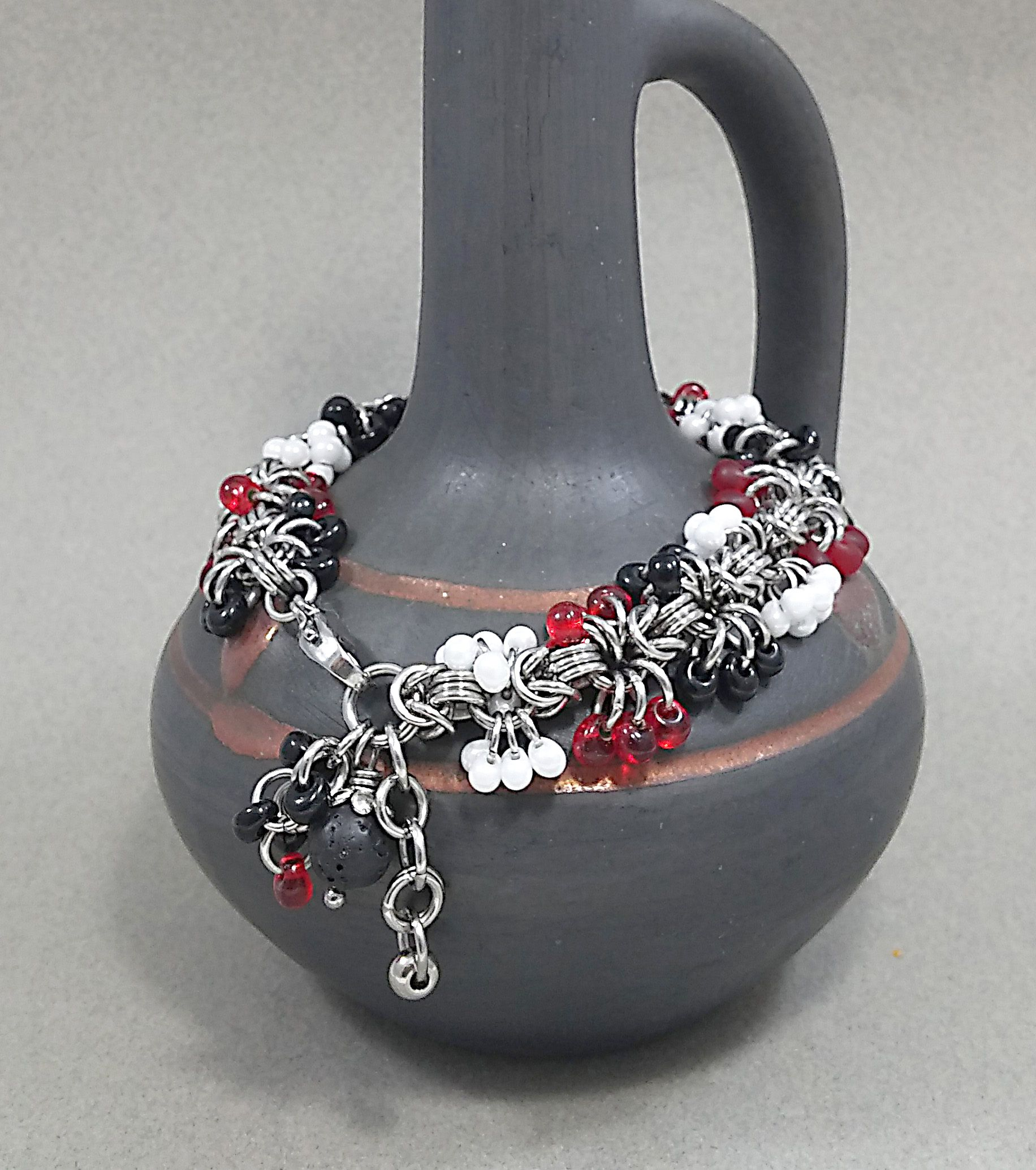 handmade wristlet bracelet jewelry beaded white black red chainmail stainless