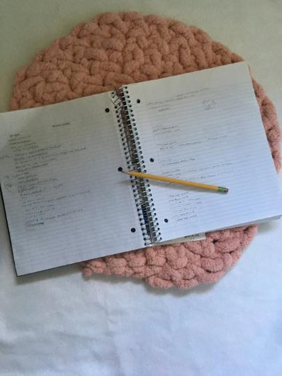 mat circular chunky knit arm rug