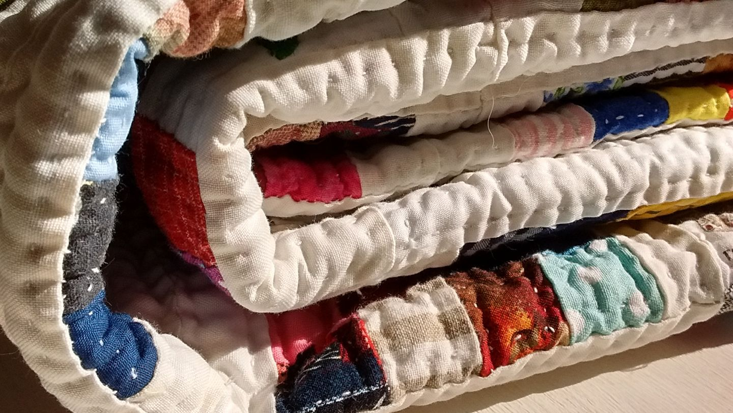 crafts quilts handmade handsewn country rural