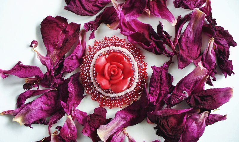 accessories broach pin red rose purple