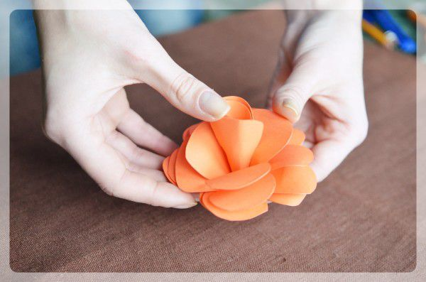 decor cut glue paper rose