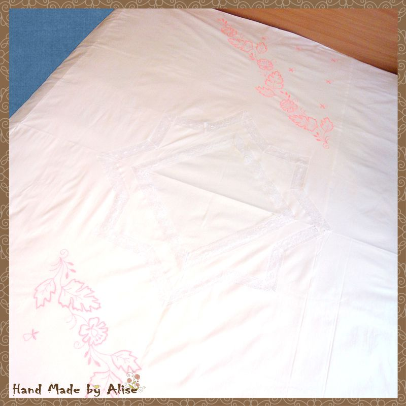 bed pillow home blanket bedding