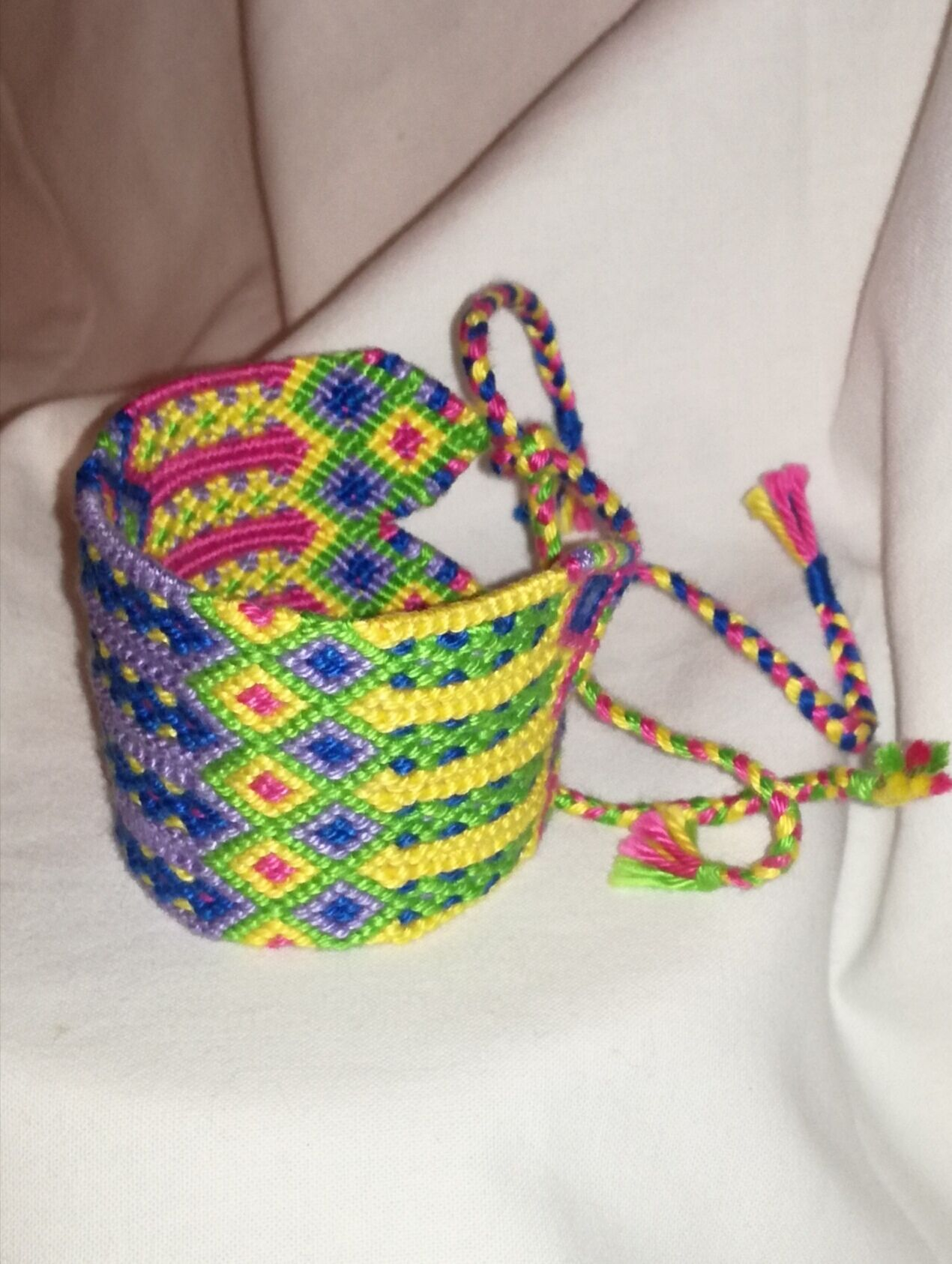 colourful handwoven unique gift wrist band boho style friendship bracelet wayuu braided string knitted