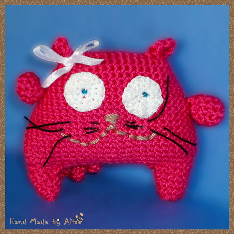toy gift cat textile kids knitting red