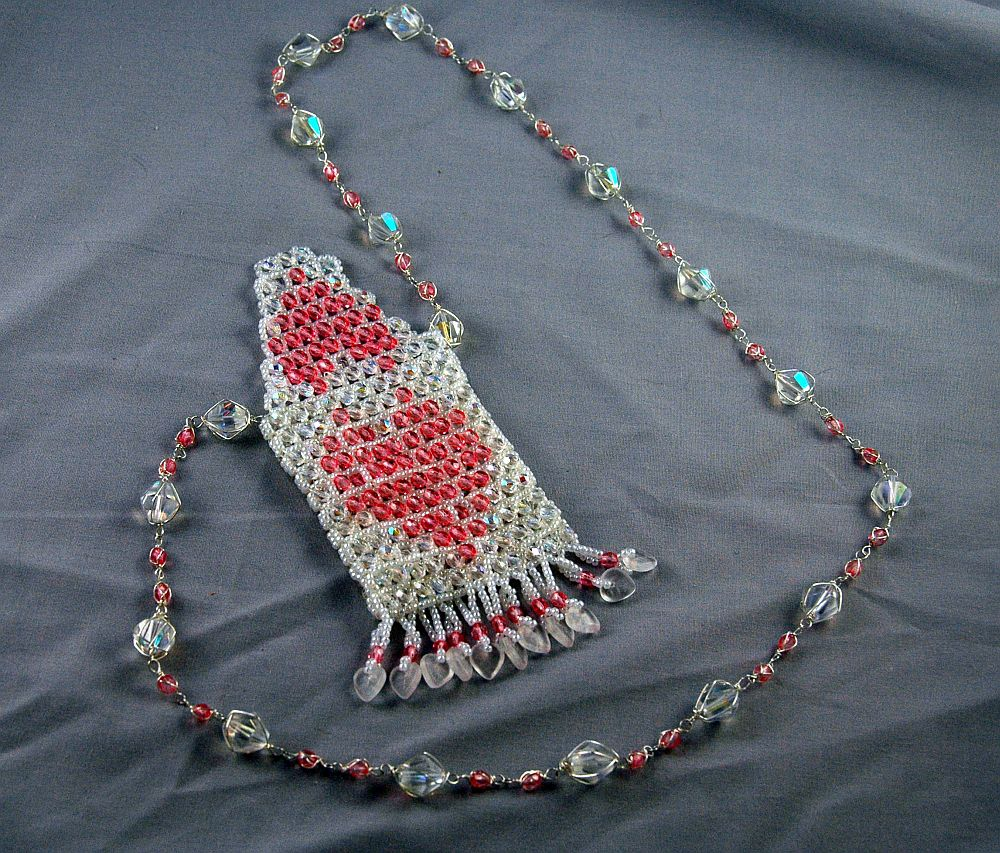 bag american wire white pink frindge wrapped raw angle right weaving heart jewelry necklace native bead amulet weave