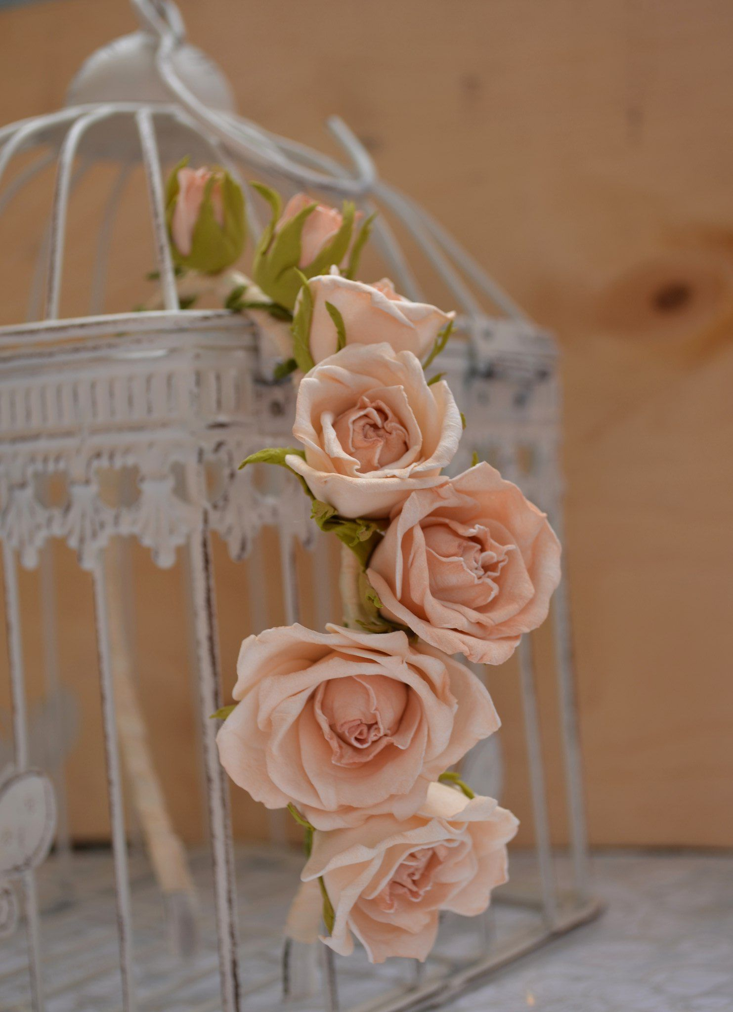 roses flowers style ivory composition wedding