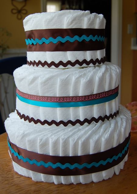 diaper cake gift make pampers