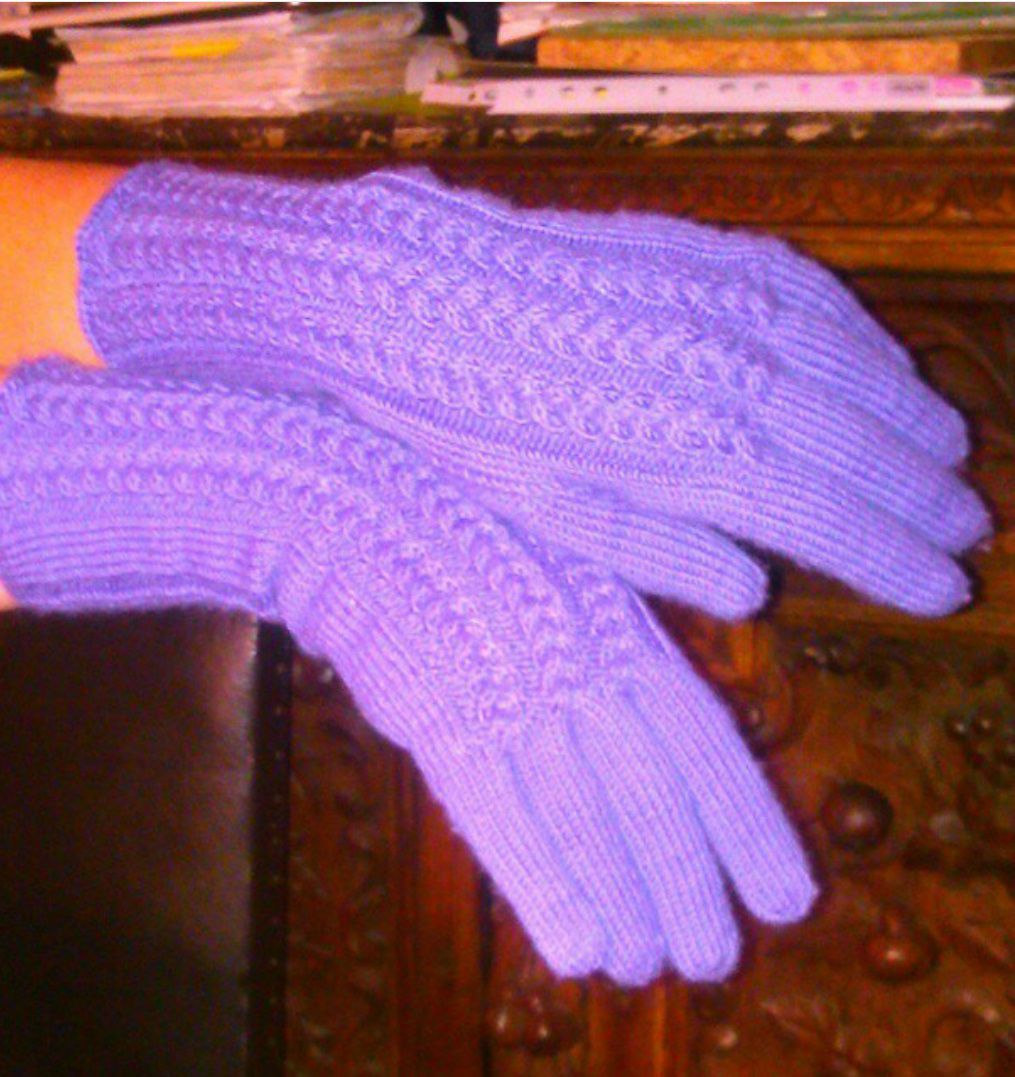 accessories clothes wool violet gloves knitting