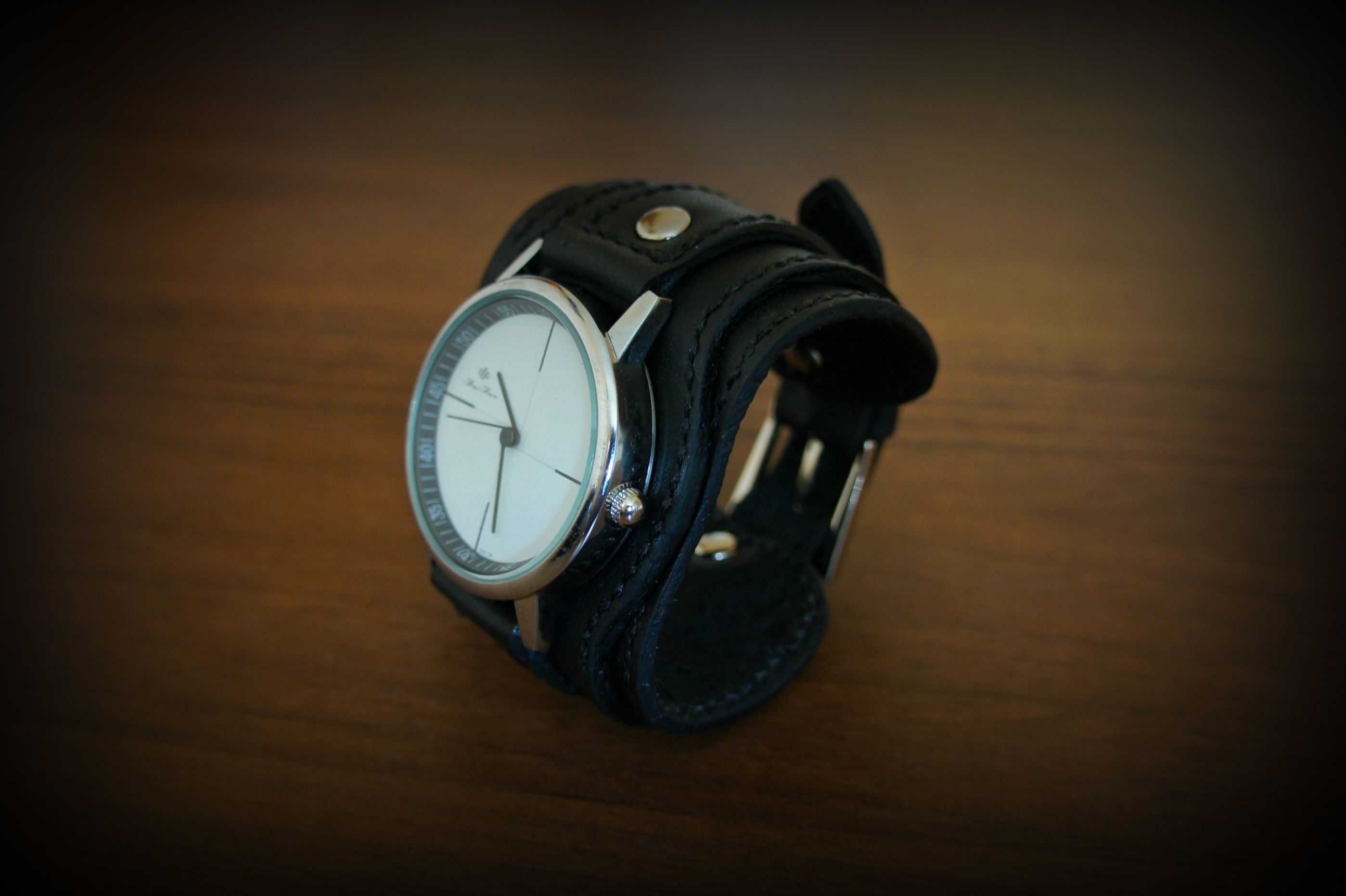accessories leather black style watch women